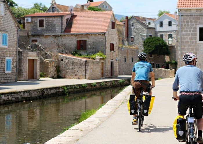 9a3ecd374 Cycle Croatia from Trogir to Dubrovnik