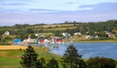 Prince Edward Island Bike Tours oceanside