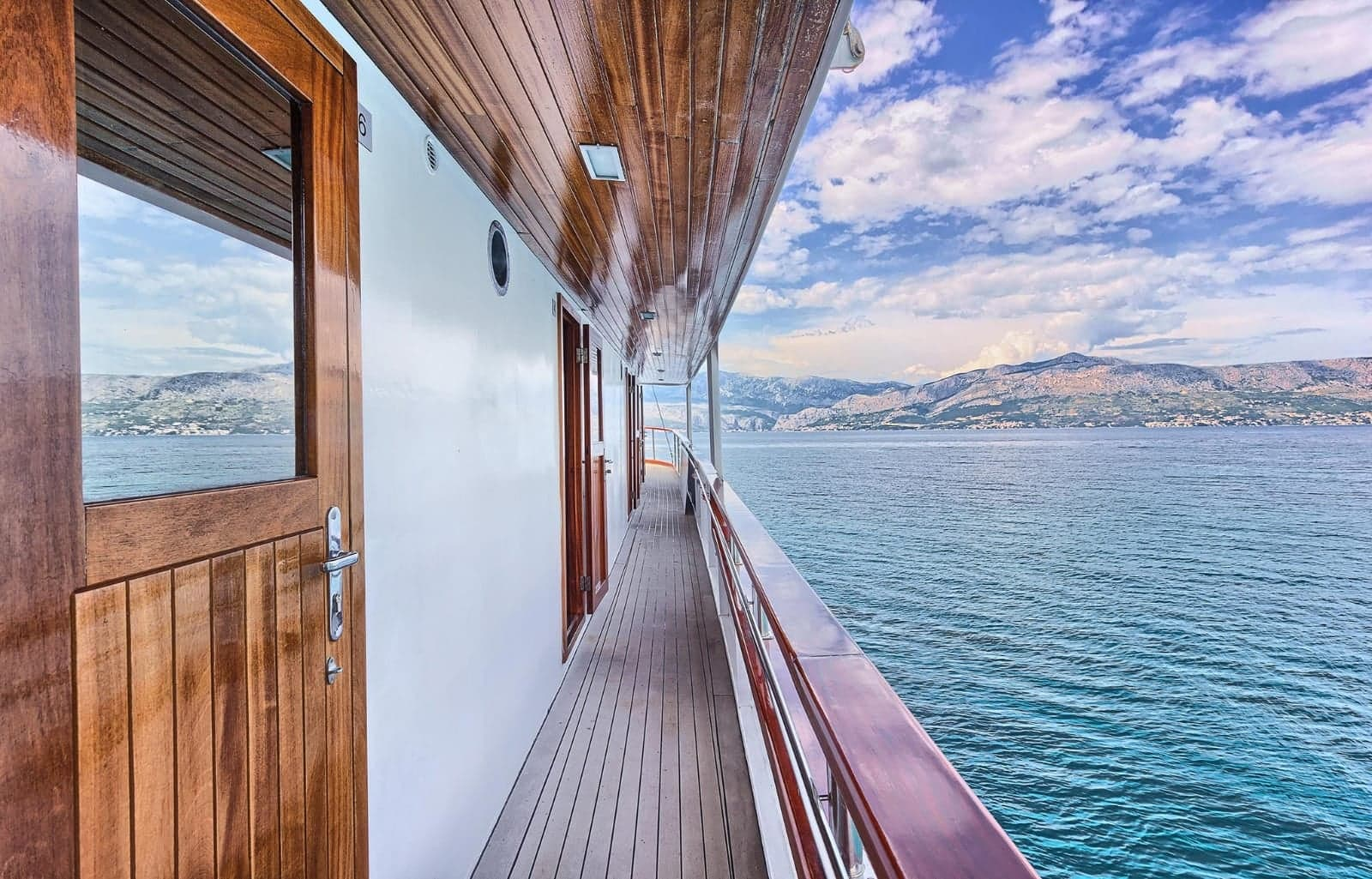 Croatia cycling and sailing tours on the Ocean boat.jpg