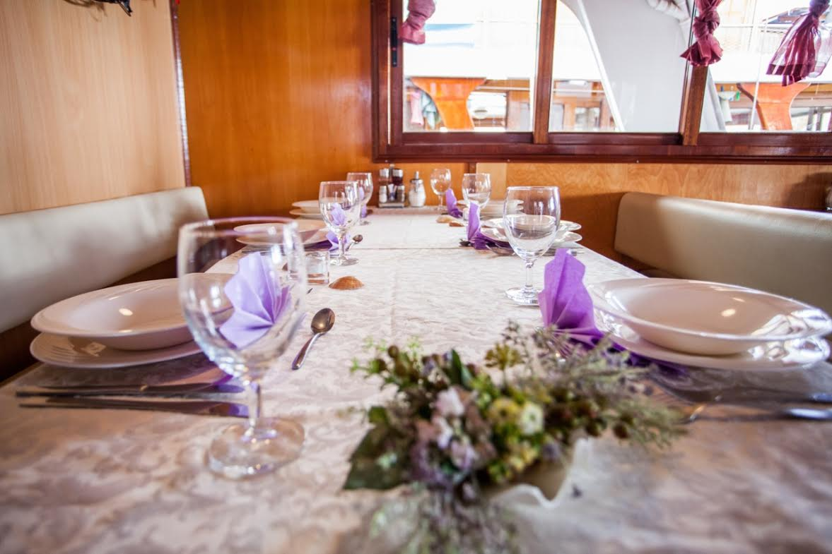 Croatia bike and boat tour the Azimut dining room