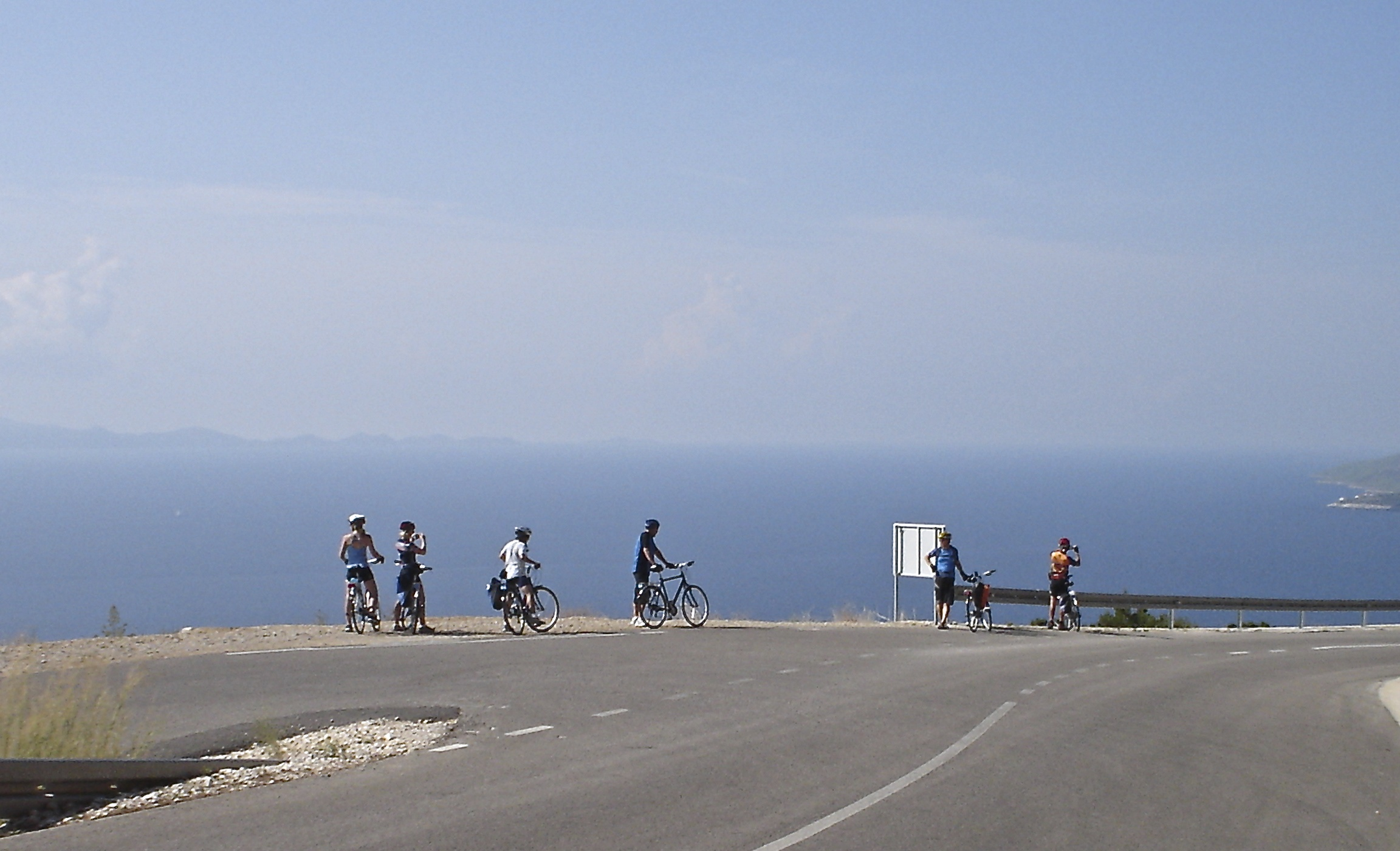 Croatia south dalmatia bike tour cyclists ocean view
