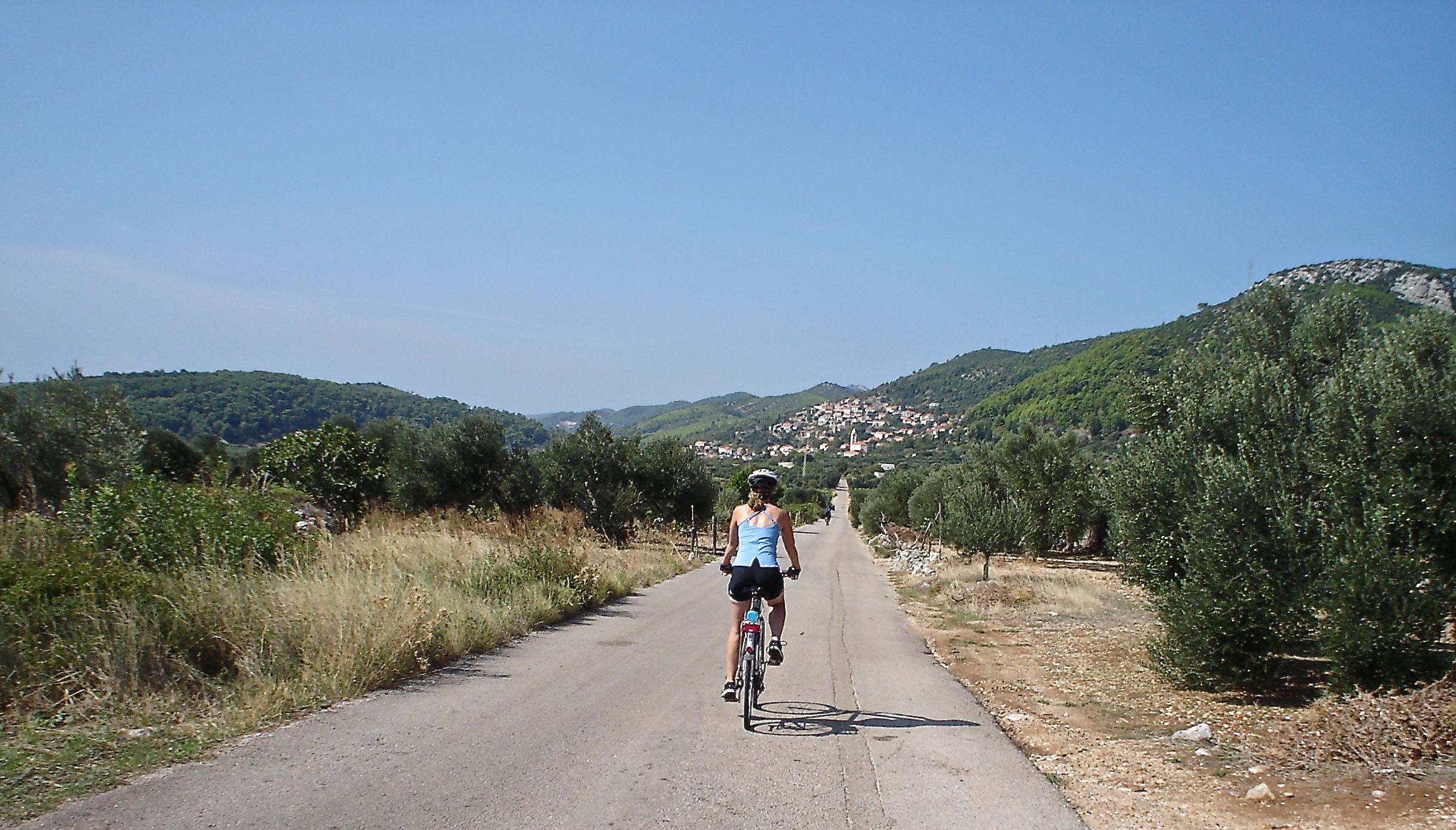 Croatia south dalmatia bike tour cyclsits