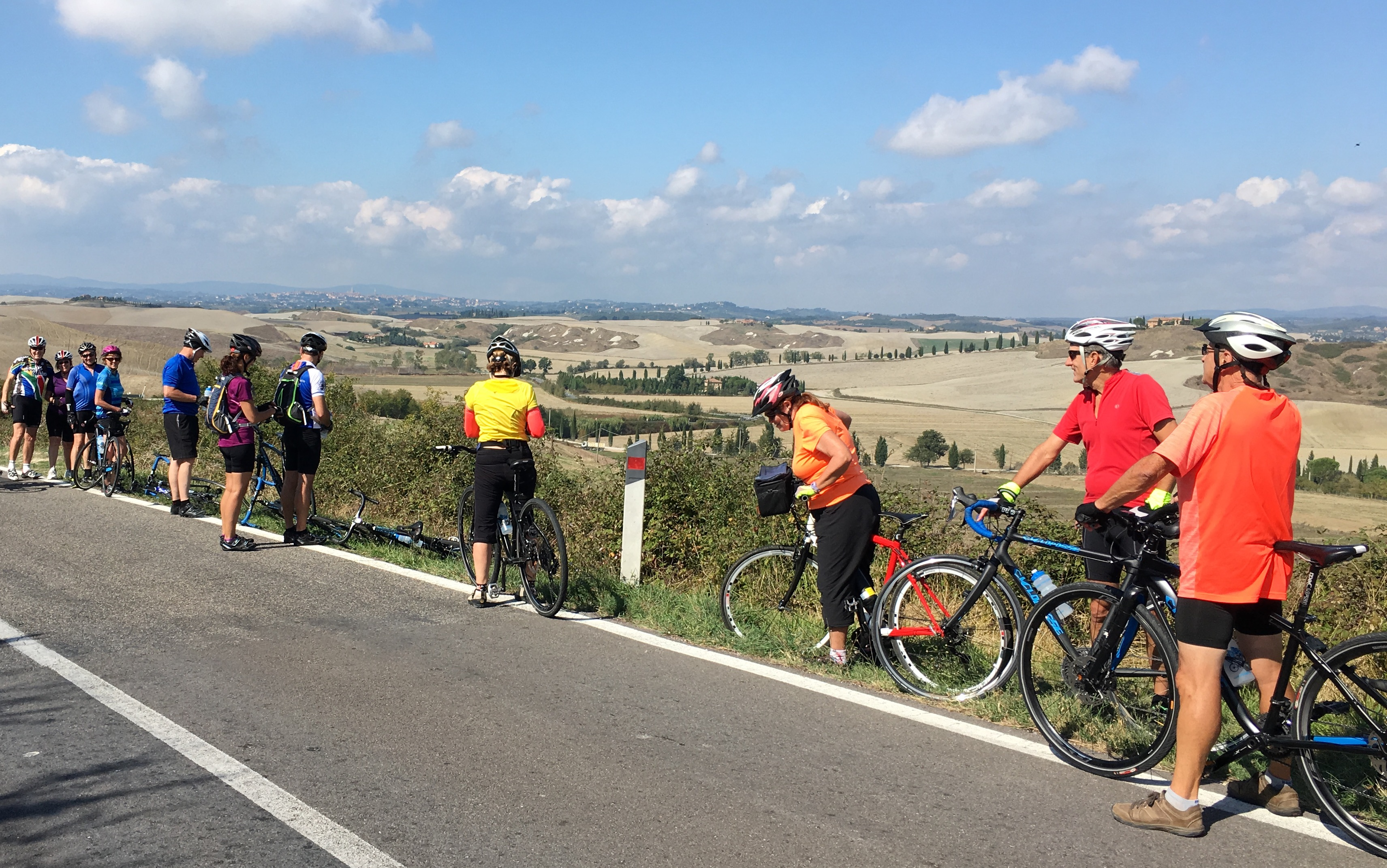cycling tour tuscany