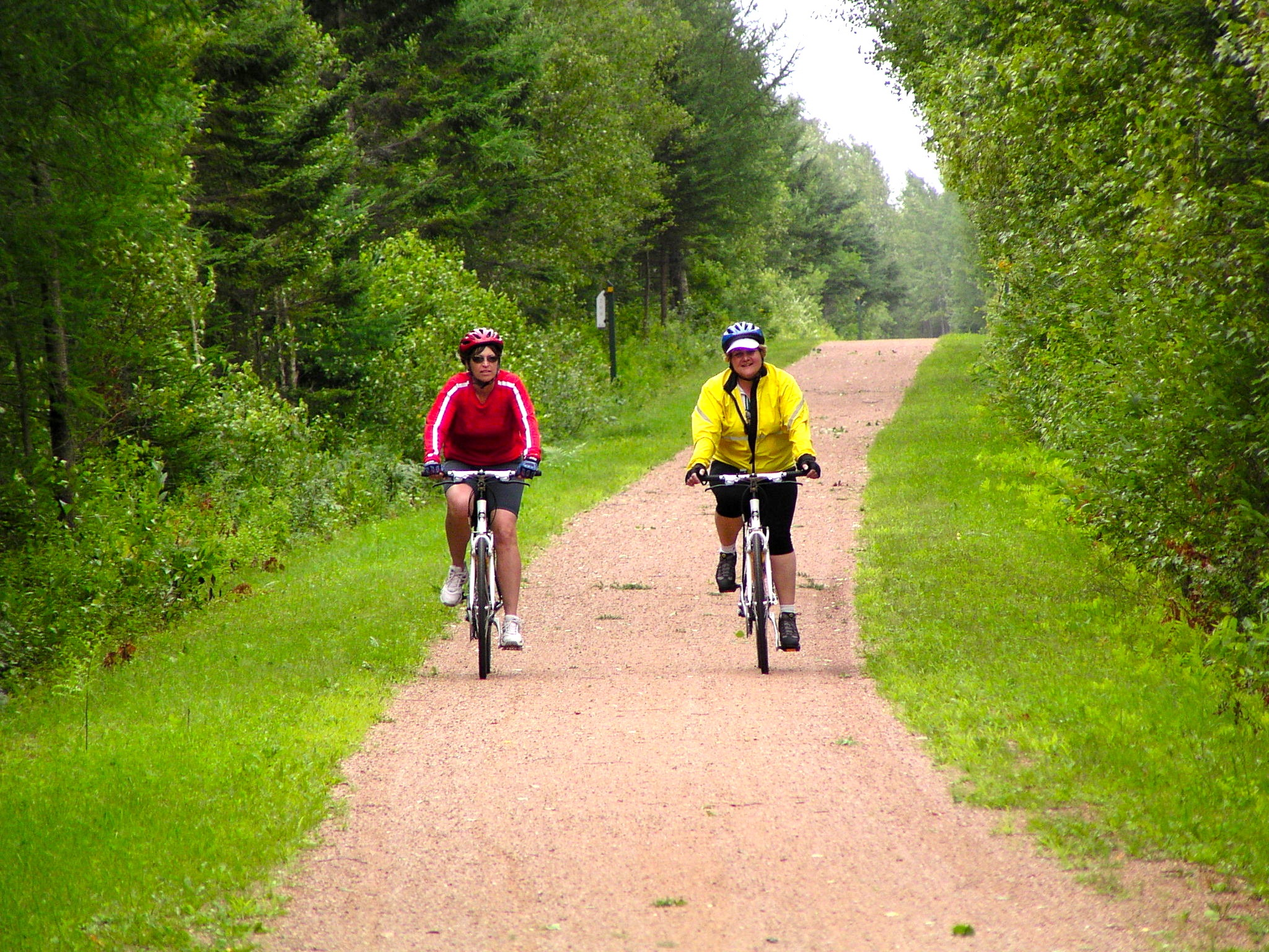 Prince Edward Island bike tour cyclists