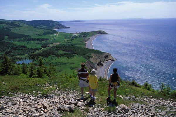 cabot trail nova scotia bike tour ocean view